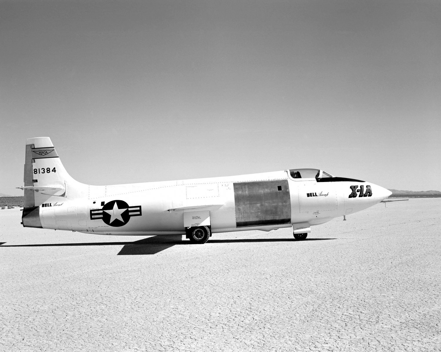BELL X-1A AIRCRAFT ON ROGERS DRY LAKEBED IN 1955 - 8X10 NASA PHOTO (EP-404)