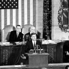 PRESIDENT JOHN F KENNEDY DELIVERS STATE OF THE UNION ADDRESS 8X10 PHOTO (ZY-480)