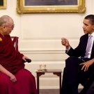 PRESIDENT BARACK OBAMA MEETS WITH THE DALAI LAMA IN 2010 - 8X10 PHOTO (ZY-503)