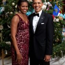 BARACK OBAMA & MICHELLE IN FRONT OF CHRISTMAS TREE IN 2010 - 8X10 PHOTO (ZY-624)
