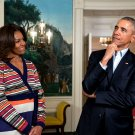 """PRESIDENT BARACK OBAMA w/ MICHELLE FOR """"LET'S MOVE!"""" TAPING 8X10 PHOTO (ZY-536)"""