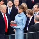 DONALD TRUMP IS SWORN IN AS 45TH PRESIDENT OF THE U.S. - 8X10 PHOTO (ZY-722)