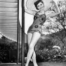 DEBBIE REYNOLDS LEGENDARY ACTRESS - 8X10 PUBLICITY PHOTO (ZY-683)