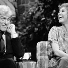 "DICK VAN DYKE AND MARY TYLER MOORE ON ""THE TONIGHT SHOW"" - 8X10 PHOTO (ZY-770)"