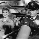 """GLENN FORD AND DEBBIE REYNOLDS IN """"IT STARTED WITH A KISS"""" - 8X10 PHOTO (ZY-692)"""