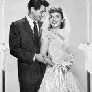 EDDIE FISHER & DEBBIE REYNOLDS WEDDING DAY 1955 - 8X10 PUBLICITY PHOTO (ZY-704)