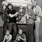CAST OF THE ABC TV SERIES 'THE PARTRIDGE FAMILY' - 8X10 PUBLICITY PHOTO (DA-672)