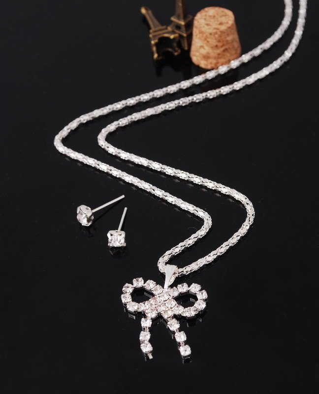 Simply Lovely Crystal Rhinestones Butterfly Bow Tie Pendant Necklace Earring Jewelry Sets