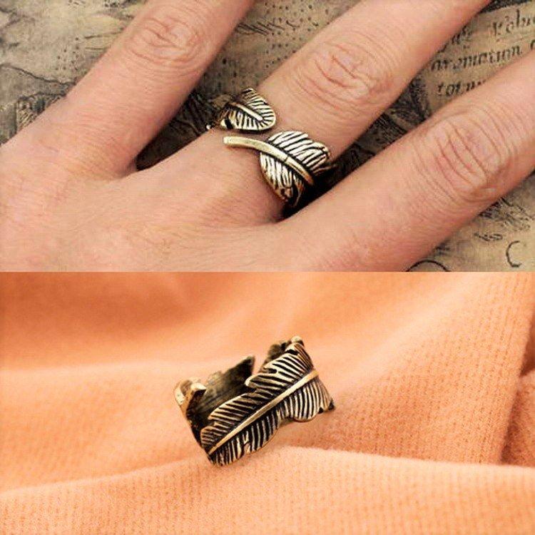Fashion Punk Antique Bronze Vintage Retro Chic Feather Leaf Style Ring