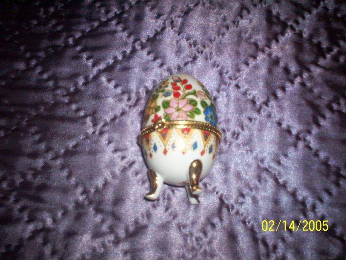 Egg shaped trinket box