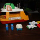 Vintage Fisher Price ferry 923, 4 cars, life boat, 2 captains.