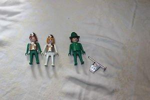 Playmobil 3 vintage crusader, knight Klicky with feudal horn, helmets, hat