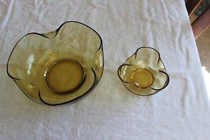 Vintage Anchor Hocking Pinch shape chip and dip Amber gold 2 bowl set.