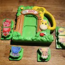 Leap Frog Fridge Zoo. 2 complete animals, 2 animal halves. French and English.