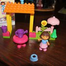 Mega Bloks Dora's Garden Pavilion 3080 complete. Ripped box. No instructions.