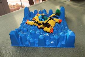 Vtg Lego 1728 Crystal Crawler w sea base & minifig. No box instr on 8.5x11 paper