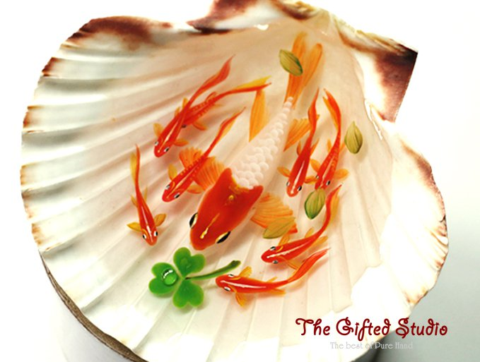 Red-head Koi in the shell resin painting