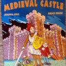 Ms. Frizzle's Adventures MEDIEVAL CASTLE PB Childrens Book Cartoon Scholastic