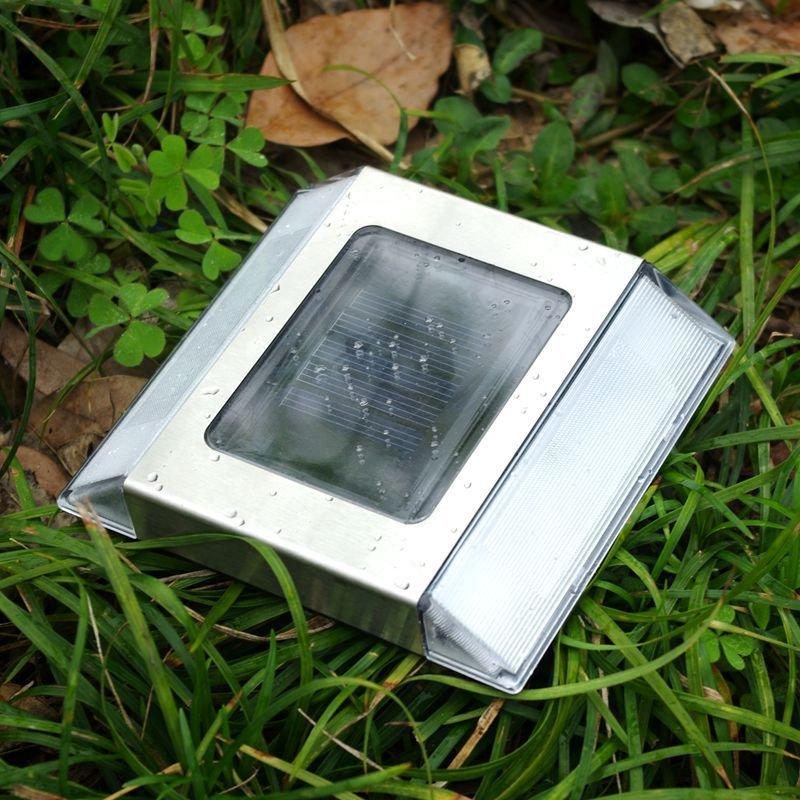 LED Solar Waterproof Garden Lawn Lamp