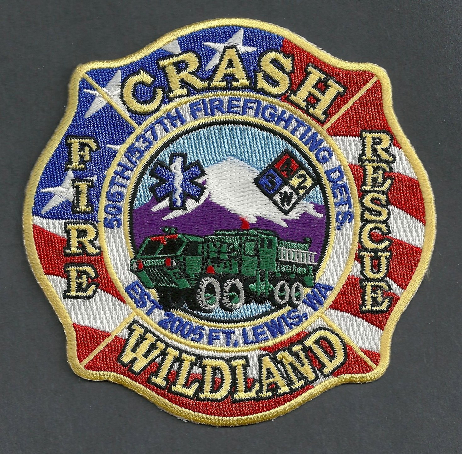FORT LEWIS ARMY BASE WASHINGTON CRASH FIRE RESCUE PATCH