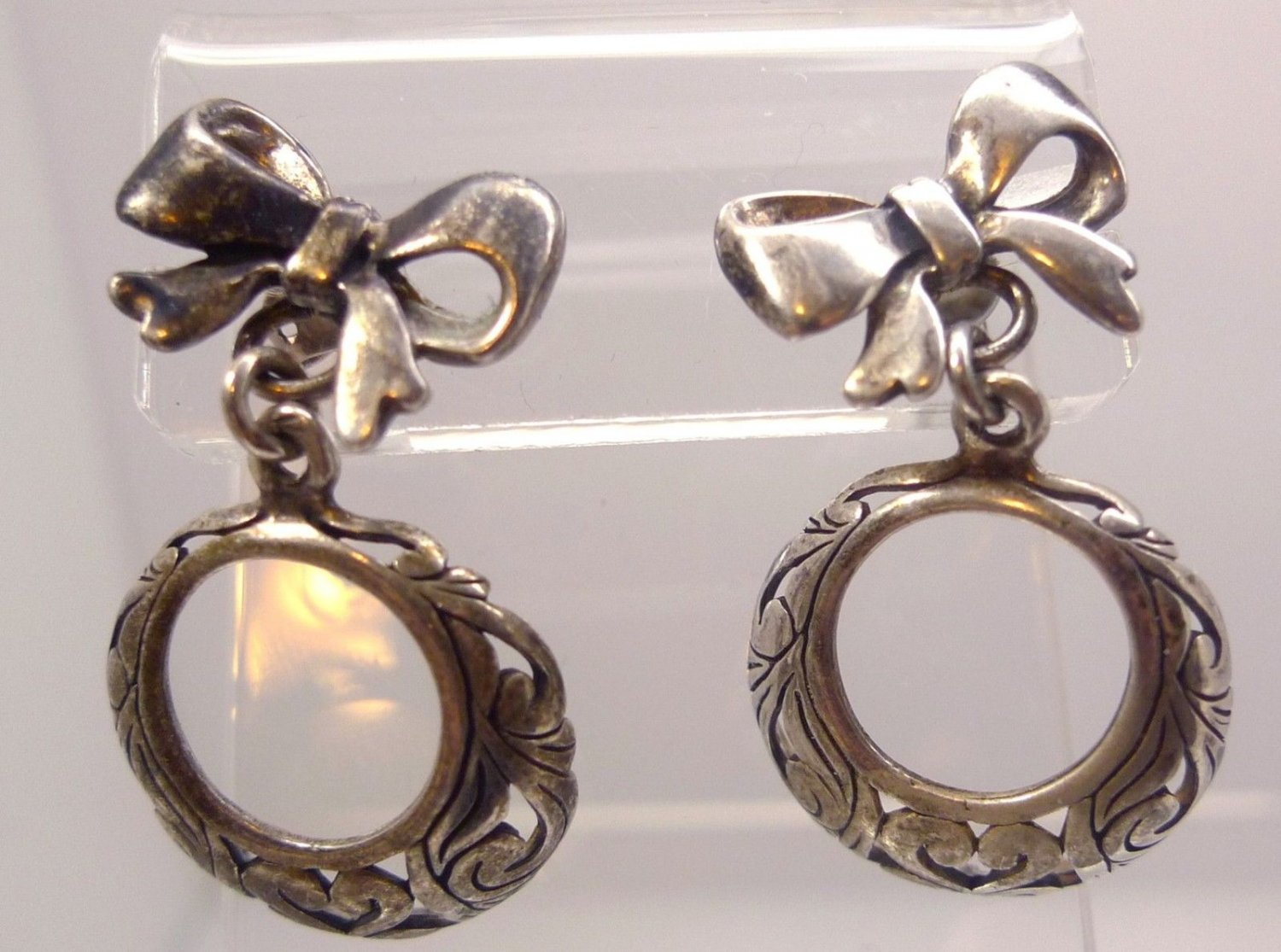 Post Earrings : vintage STERLING 925 SILVER BOW EARRINGS w/ DANGLE