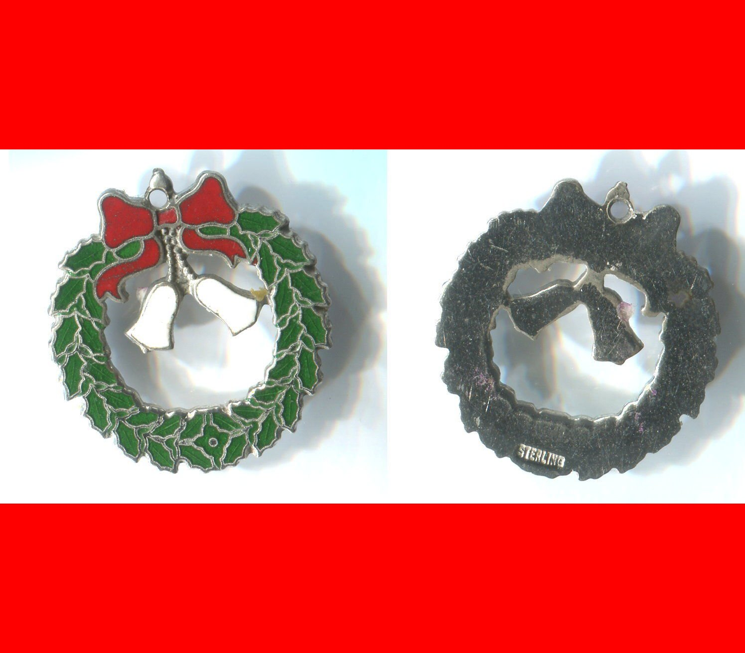 vintage CHARM :  HOLIDAY CHRISTMAS WREATH - ENAMEL - GREEN WHITE RED - STERLING
