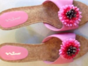 Woman summer cork shoes size 8 1/2 used