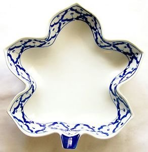 "CERAMIC Maple Leaf Shaped PLATE Thai Asian Blue White PLATTER 9""x8.8"" MICROWAVE"