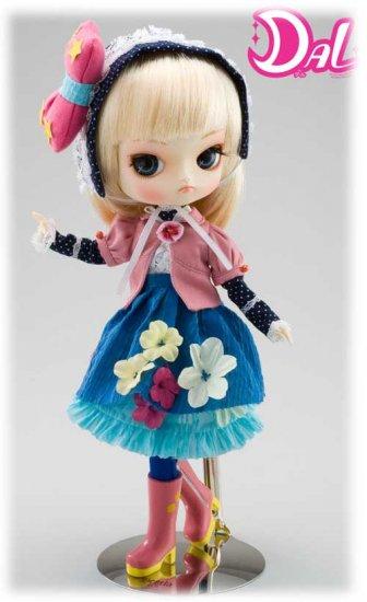 """Pullip """"Furara""""  Visit doll-collectible.com"""