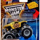 Hot Wheels Monster Jam Max D Maximum Destruction 2016 New Look!  with Stunt Ramp