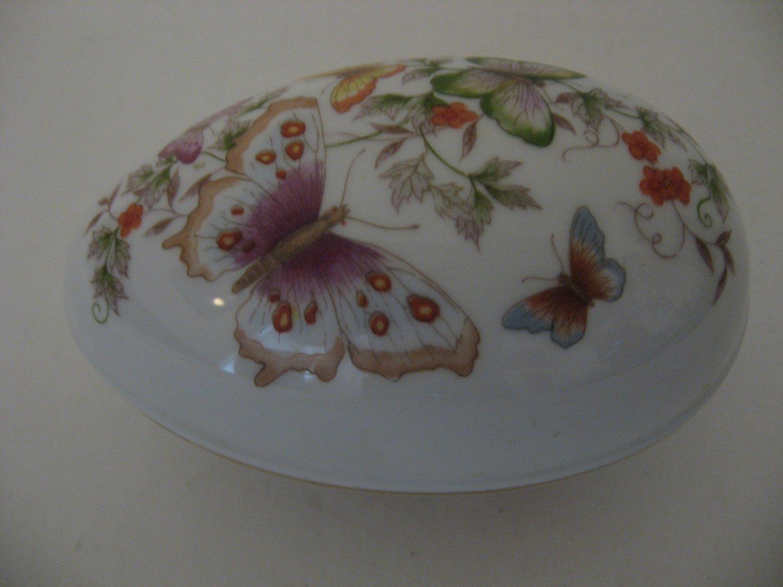 Avon 1974 Butterfly Fantasy Porcelain Treasure Egg