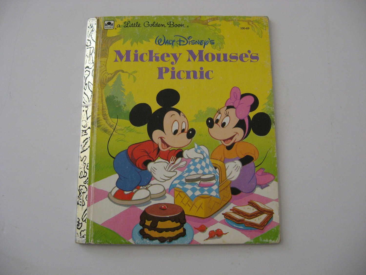 1950 Walt Disney's Mickey Mouse's Picnic -  Illustrated Little Golden Book