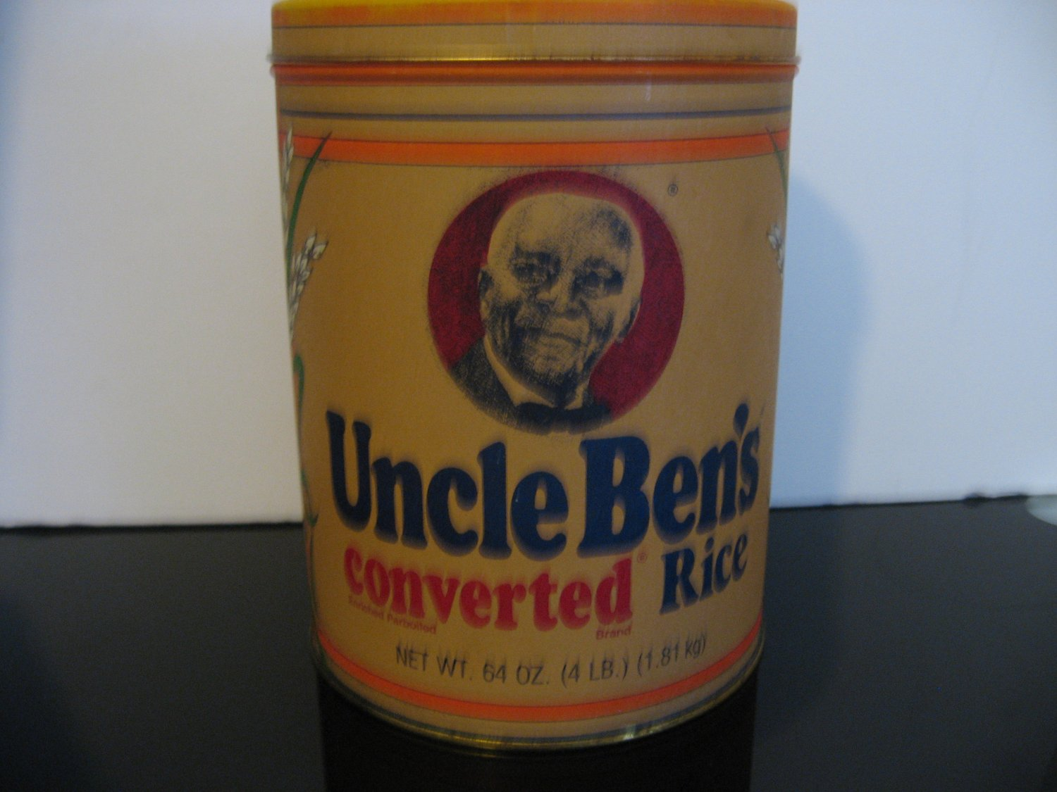 Vintage 1985 - Replica 1947 Uncle Ben's Converted Rice Collectible Tin
