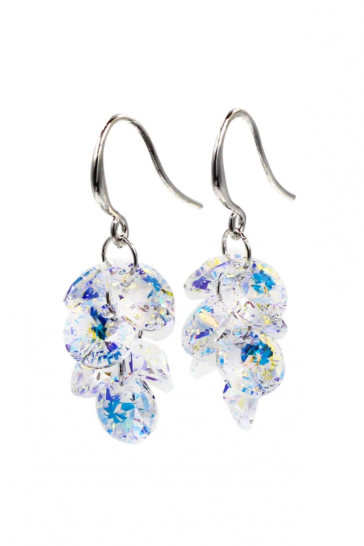 Fashion qualities crystal silver earrings