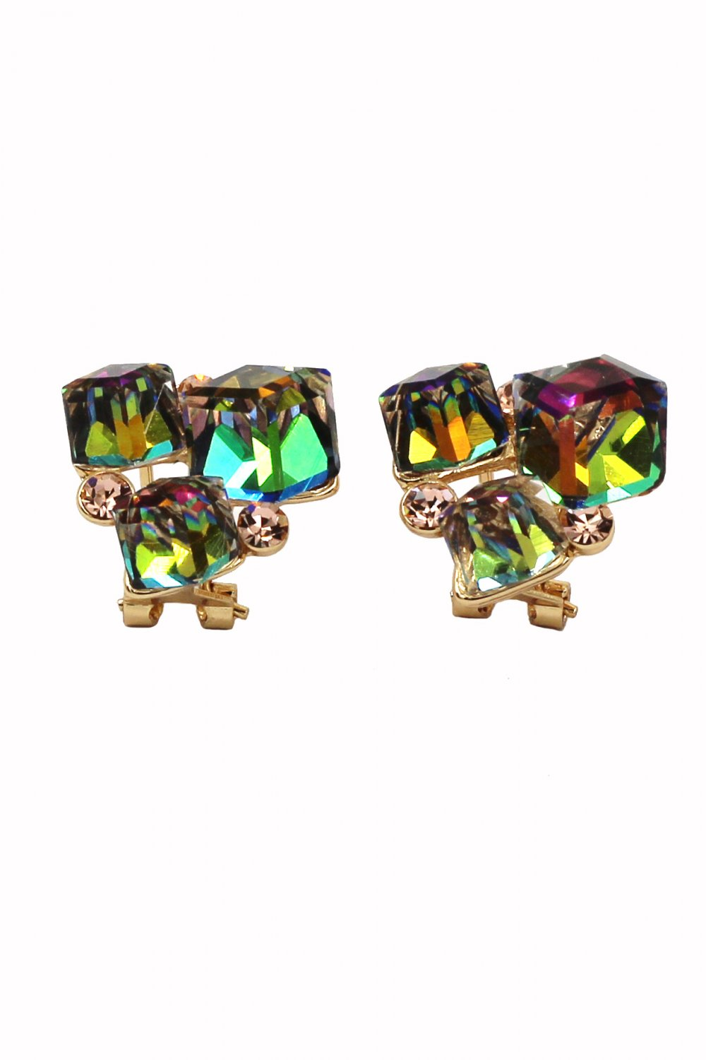 Mottled square green crystal golden earrings