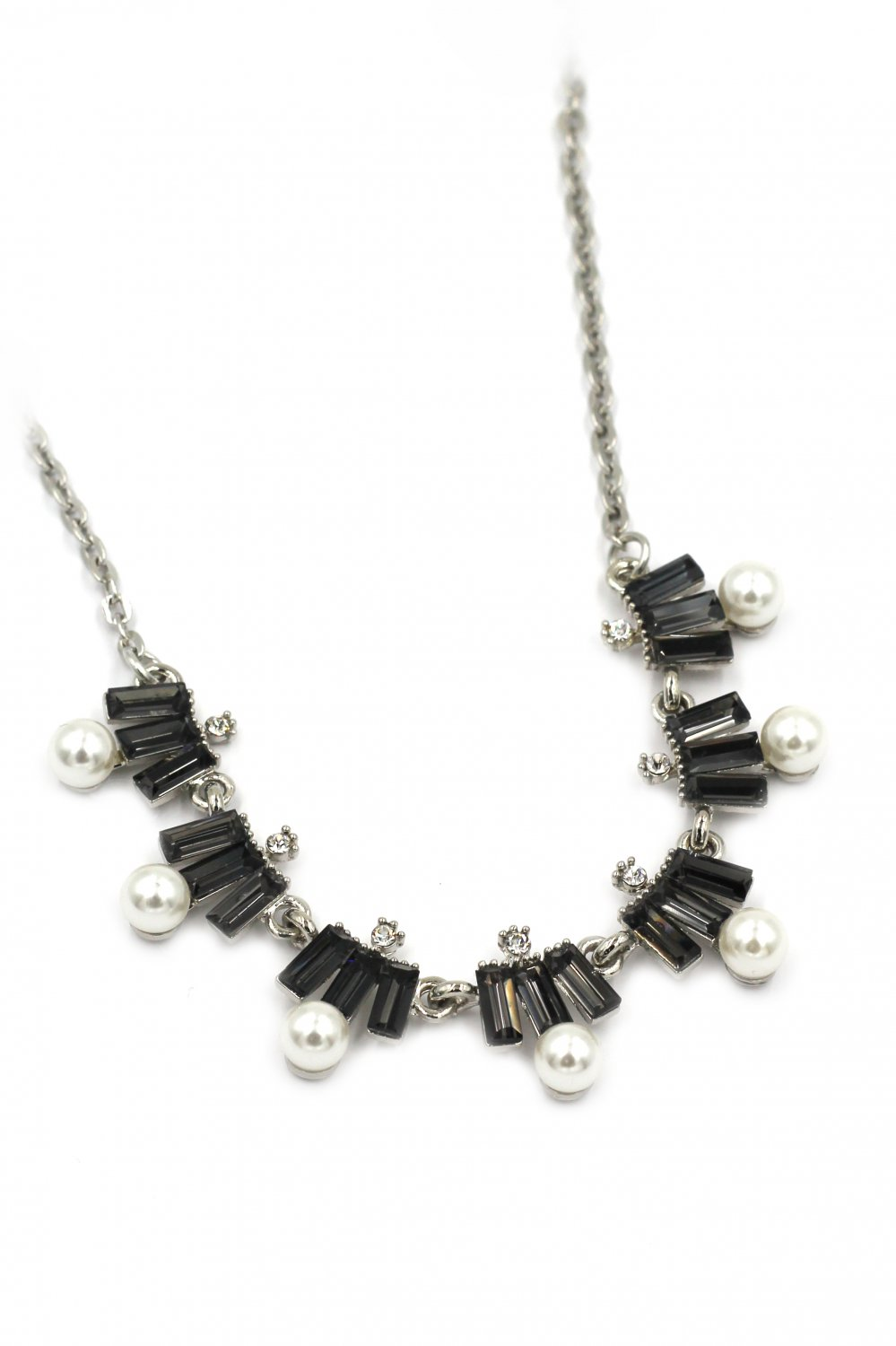 Fashion black crystal and pearl silver necklace