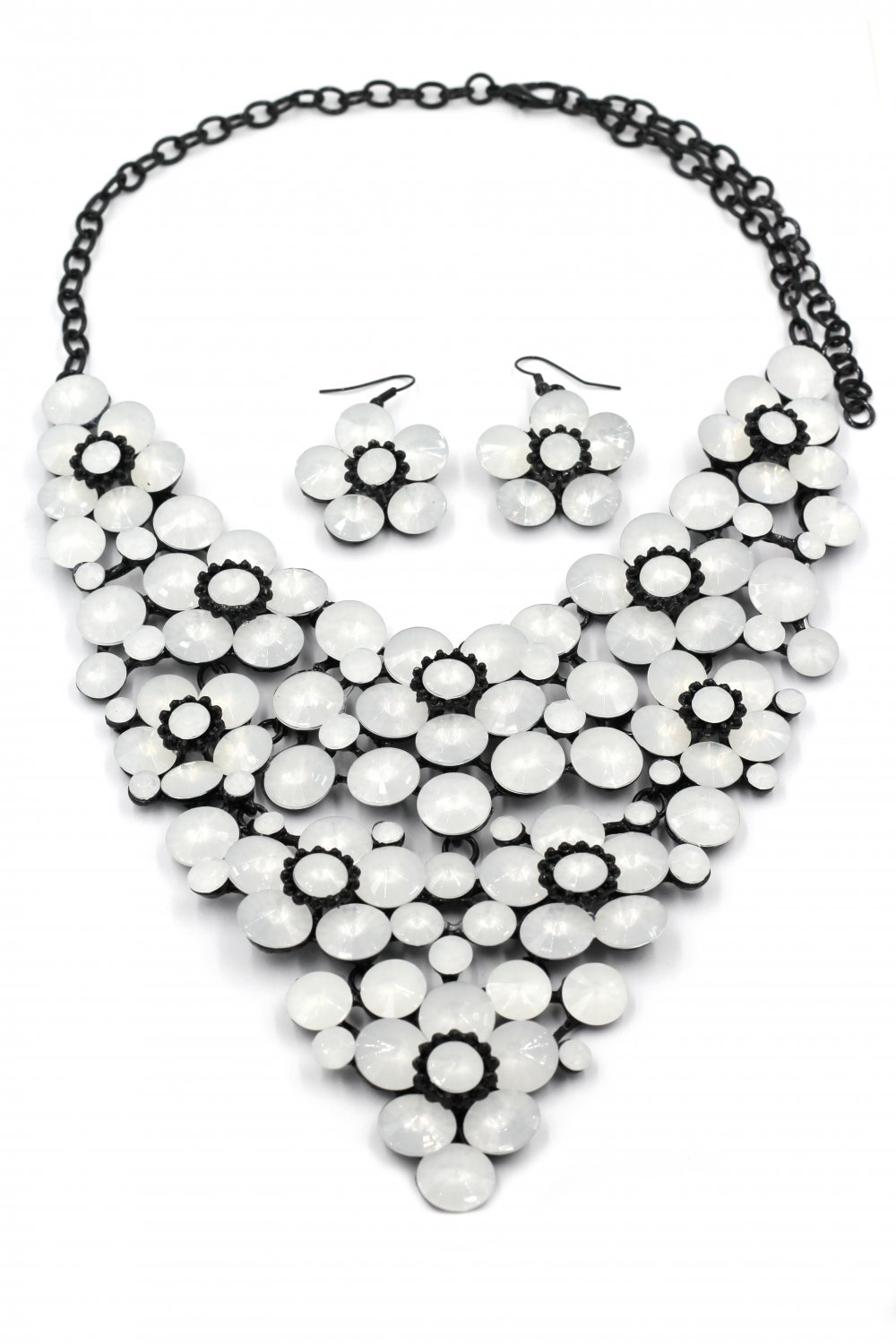 Milky crystal flowers necklace sets