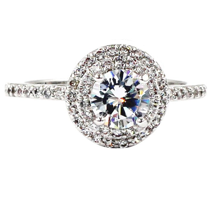 Blinking crystal silver ring