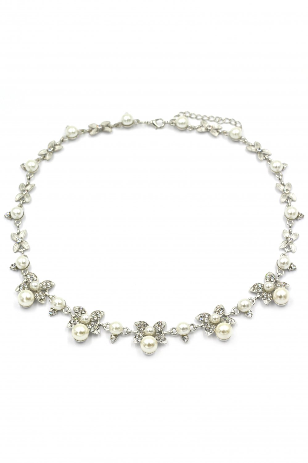 Elegant flower crystal and pearl silver necklace