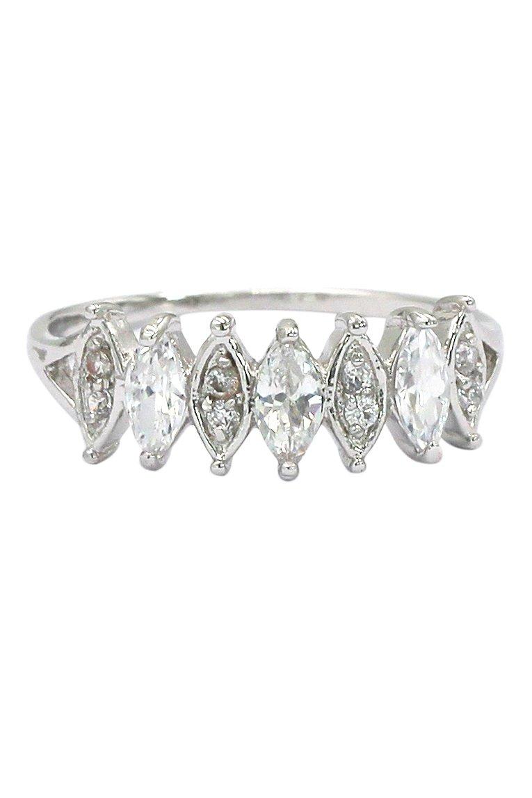 Fashion alternate crystal silver ring