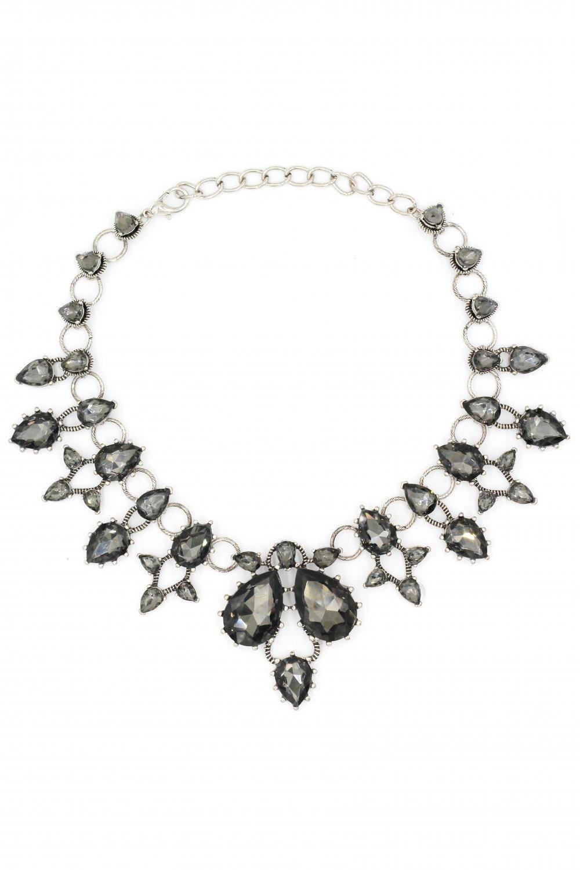 Elegant black crystal circle necklace