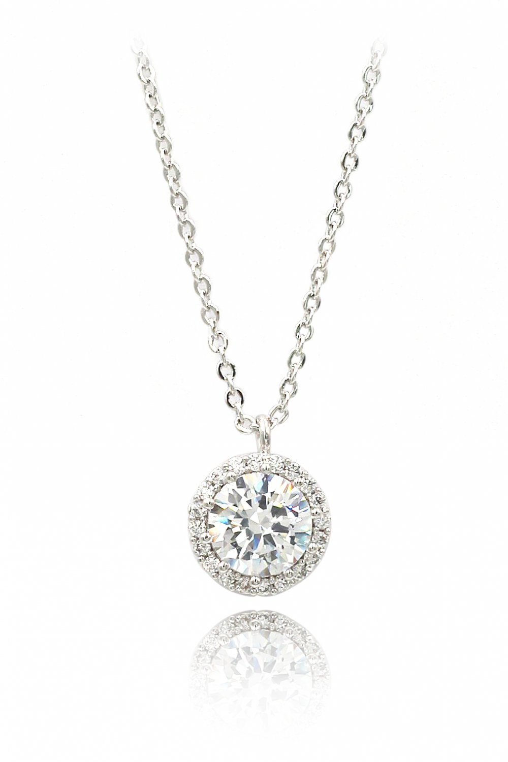 Flashing crystal silver necklace