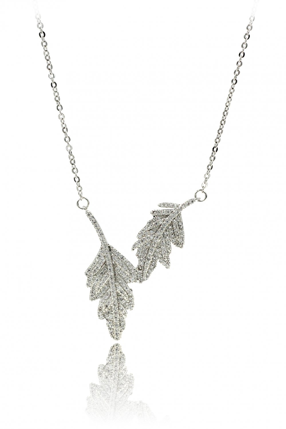 Fashion crystal leaf clavicle silver necklace