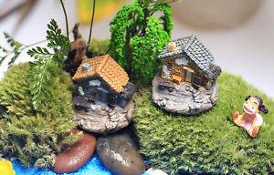 2PCS Mini Cottage Old House Figure Fairy Garden  Miniature Terrarium Toy display
