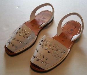 Ria Menorca Arvaca Womens White Silver Slingback Leather Sandals Size 40 9 1/2