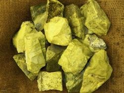 2000 Carat Lots of High End Serpentine Rough - Plus a FREE Faceted Gemstone