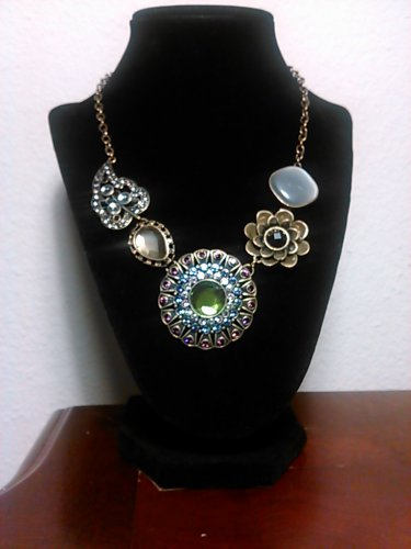 Gorgeous Fashion Necklace