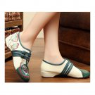 Square Dance Old Beijing Cloth Embroidered Shoes   beige
