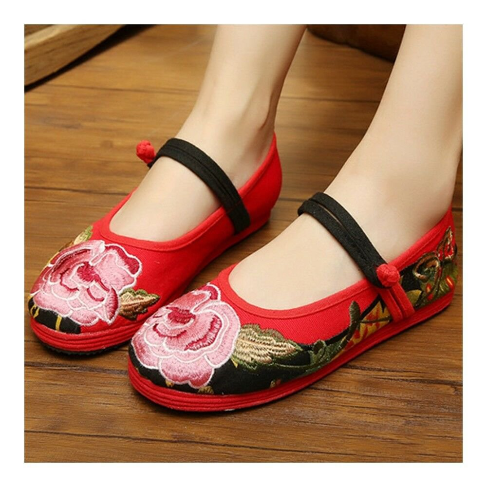 Old Beijing Embroidered Cloth Shoes Flat   red