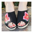 Old Beijing Cloth Embroidered Shoes Peep-toe   black